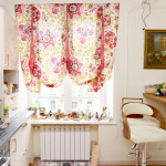 Идея дизайна штор для кухни 15
