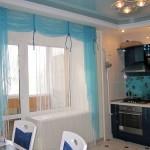 Идея дизайна штор для кухни 41