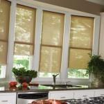 Идея дизайна штор для кухни 58