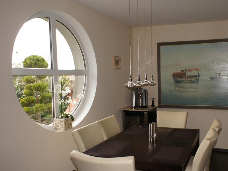 Элитные дизайнерские окна круглой формы