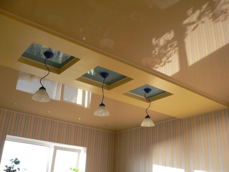 Красивый дизайн потолка в современном стиле