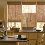 Идея дизайна штор для кухни 91
