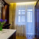 Дизайн штор для кухни с балконом 4