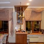Идея дизайна штор для кухни 119