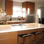 Вариант интерьера кухни в теплых тонах