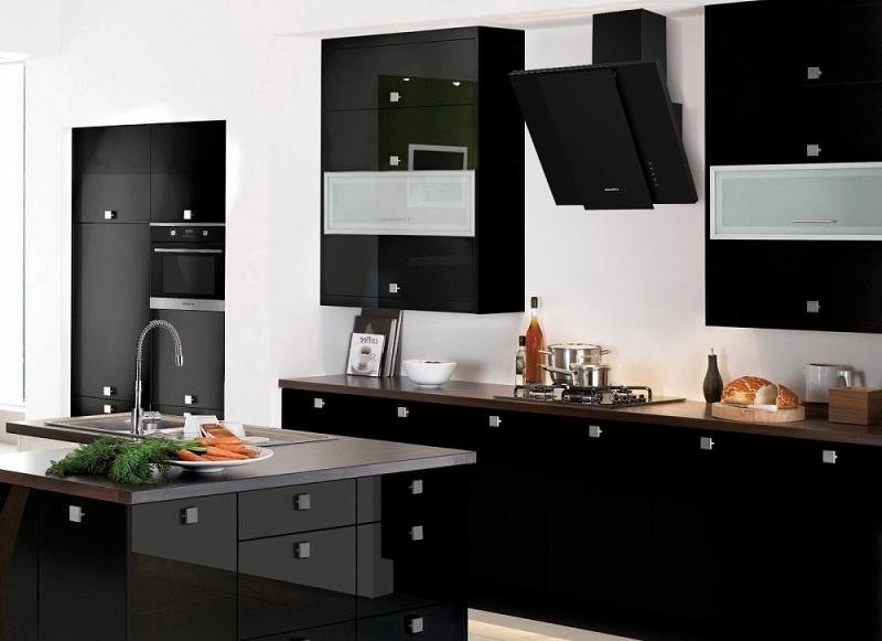 Как выбрать надежную вытяжку для кухни?