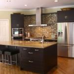 Современный интерьер кухни 24