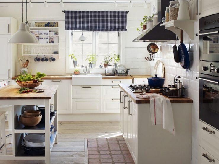 Дизайн штор в стиле прованс для светлой кухни