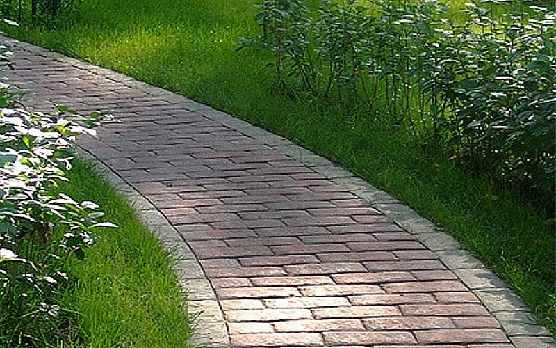 Жесткие садовые дорожки