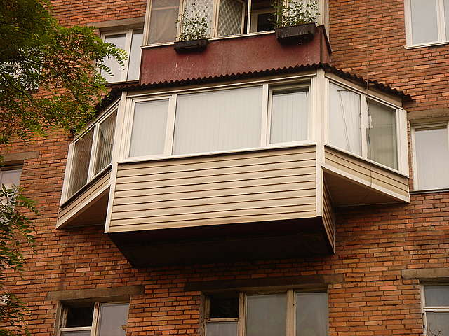 osteklenie_balkonu1