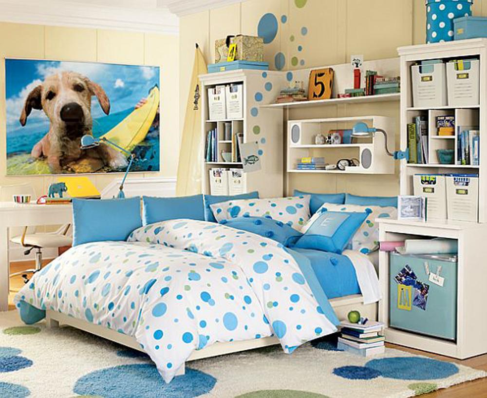 Детская комната в синих тонах для девочки