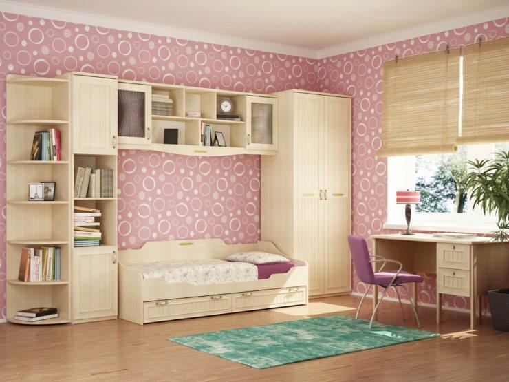 Вариант интерьера детской комнаты для девочки