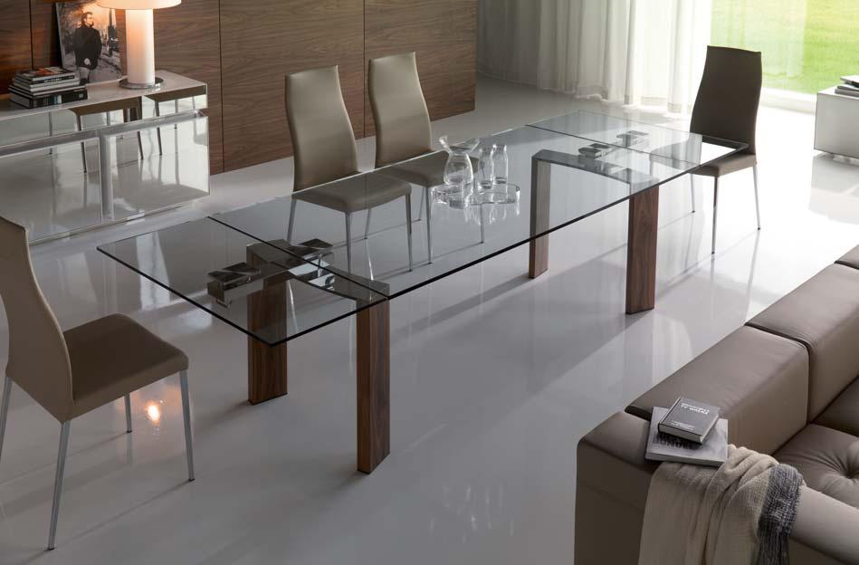 steklyanui stol-2