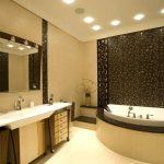 Вариант точечного освещения в ванной