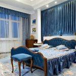 Синяя спальня в стиле классик