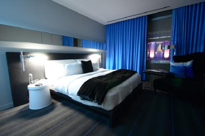 Спальня в сине-чёрном цвете