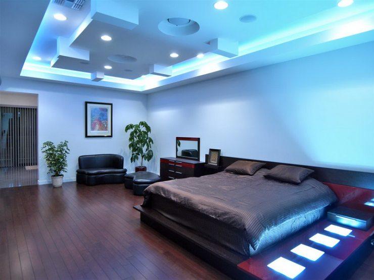 Мебель синей спальни в стиле хай-тек