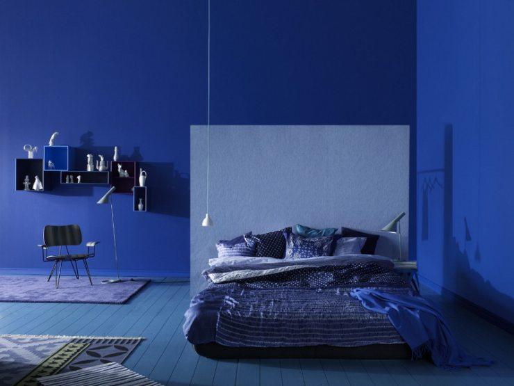 Синяя спальня в минималистическом стиле