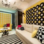 Интерьер в стиле поп-арт в гостиной