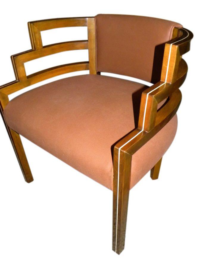 Кресло модерн в стиле ар-деко