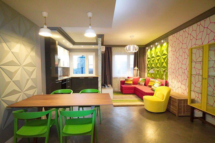Квартира-студия с ярким интерьером
