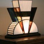 Настольная лампа Тиффани в стиле ар-деко
