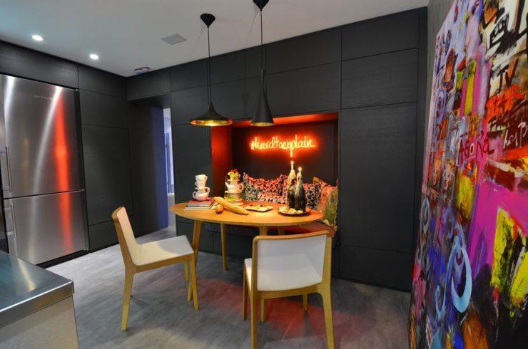 Освещение на кухне в стиле поп-арт