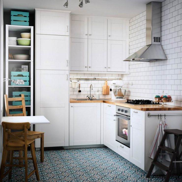 Дизайн кухни от ИКЕА в белых тонах