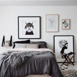 Чёрно-белые картины в интерьере