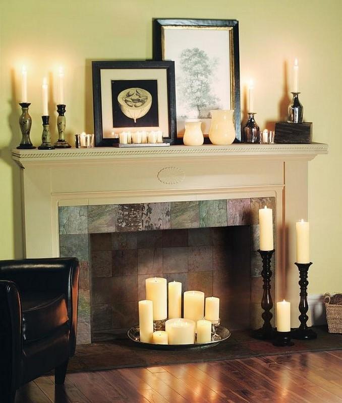 Камин с декоративными свечами