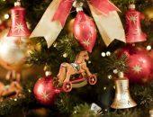 Новогодние игрушки на ёлке