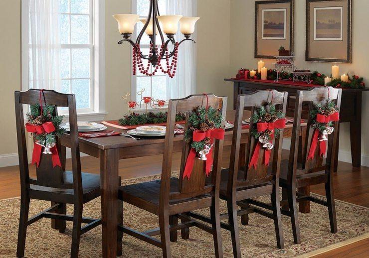 Новогодний декор стульев