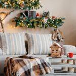 Новогоднее украшения гостиной