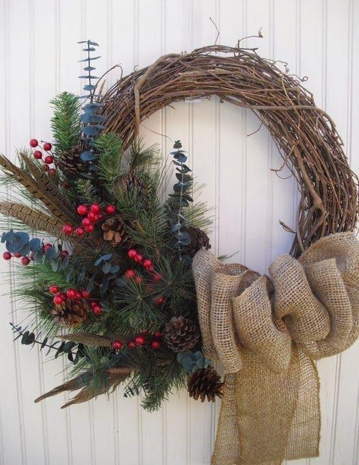 Рождественский венок из веток