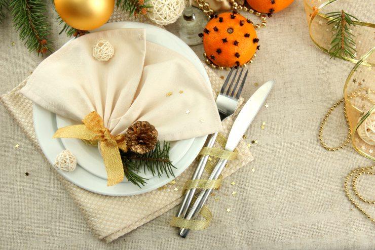 Сервировка стола к Новому году