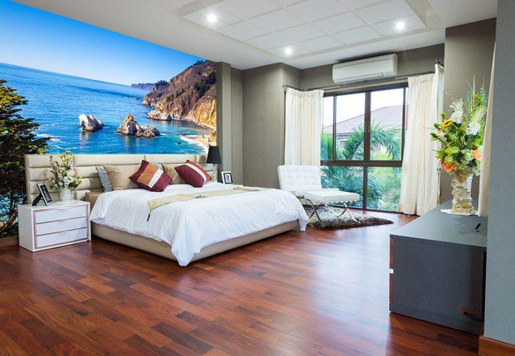 Изображение побережья на фотообоях спальни