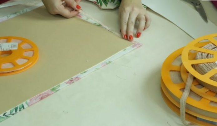Заготовка ламбрекена и клеевая лента