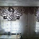 Ажурный ламбрекен розы