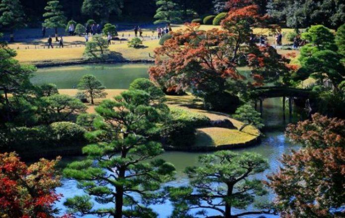 Сад Рикуген в Токио