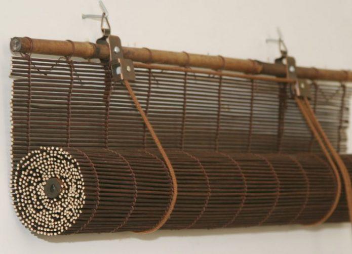 Рулонная штора из тонкого бамбука