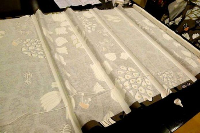 Ламели и полотно для римской шторы