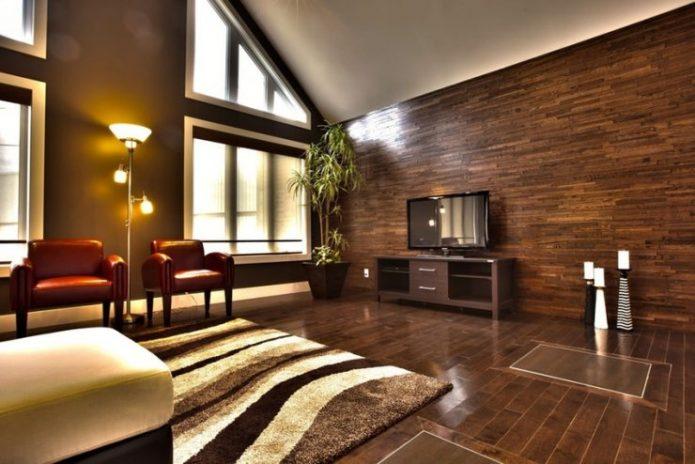 Отделка стены ламинатом в интерьере гостиной