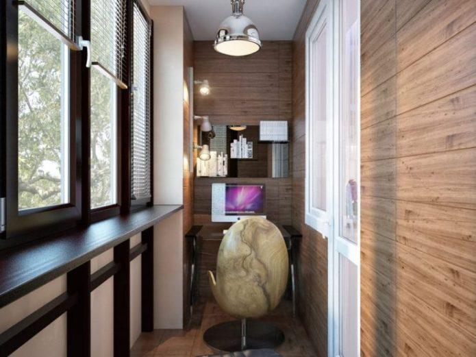 Облицовка стен балкона ламинатом