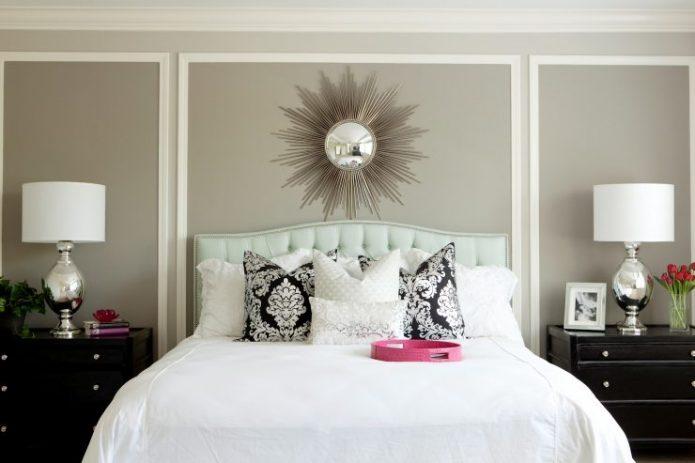 Молдинги в дизайне спальни