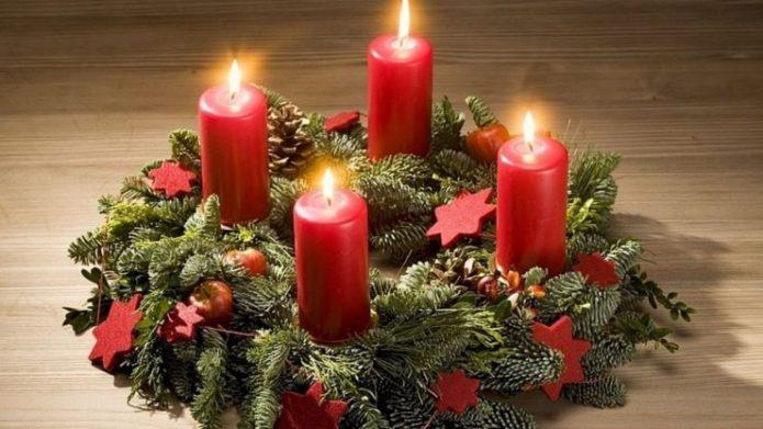 Украшение свечей на новогодний стол