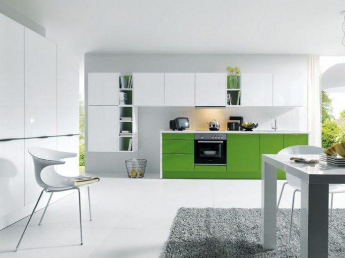 Сочетание белого с зелёным в интерьере кухни